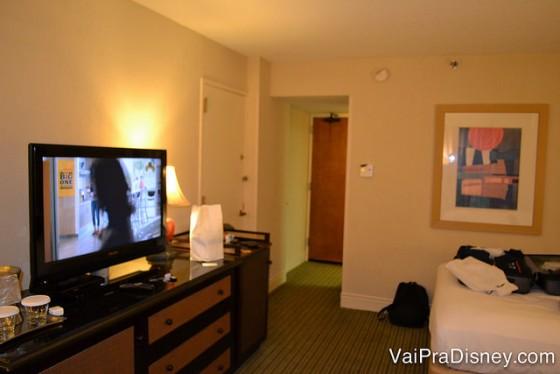 Dicas para se hospedar em Orlando: Quarto do Hilton Lake Buena Vista, hotel que fica dentro da propriedade da Disney, sem o preço salgado