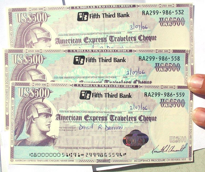 Traveller checks: dinheiro em formato de papel