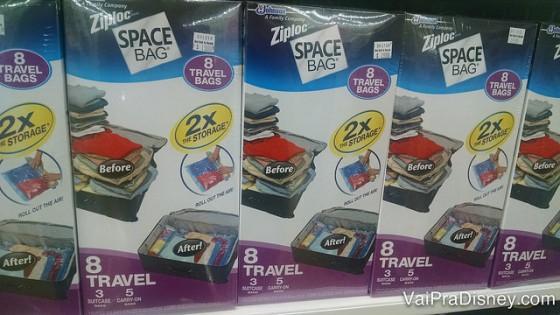 Outra coisa simples que o pessoal adora comprar lá: sacos de space bag, para tirar todo o ar e guardar suas roupas, edredom, etc, ocupando bem menos espaço.