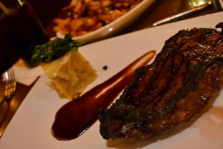 Prato com carne do Le Cellier