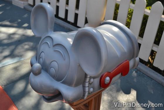 Usar a central de atendimento da Disney em português é mais fácil e barato do que a gente imagina!