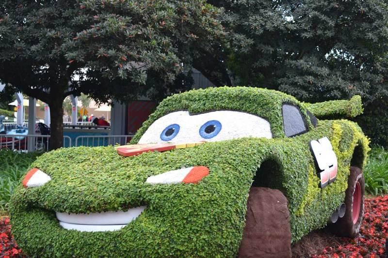 Flower & Garden Festival - Topiária do filme Carros. As crianças adoram!