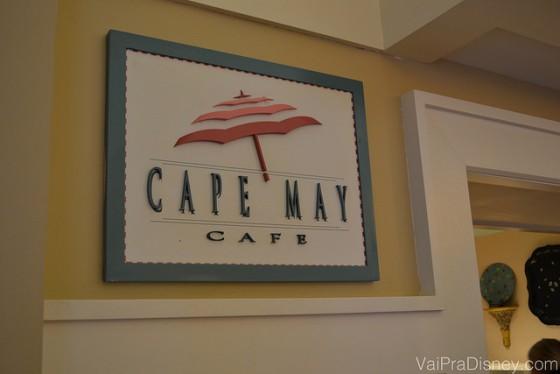 Placa na entrada do Cape May, no Disney's Beach Club Resort.