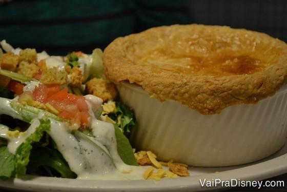 A Pot Pie do Perkins é APENAS perfeita. O menu é bem variado e tudo por um preço extremamente justo! Na verdade, acho quase injusto de tão barato mas quem sou eu pra reclamar, né?