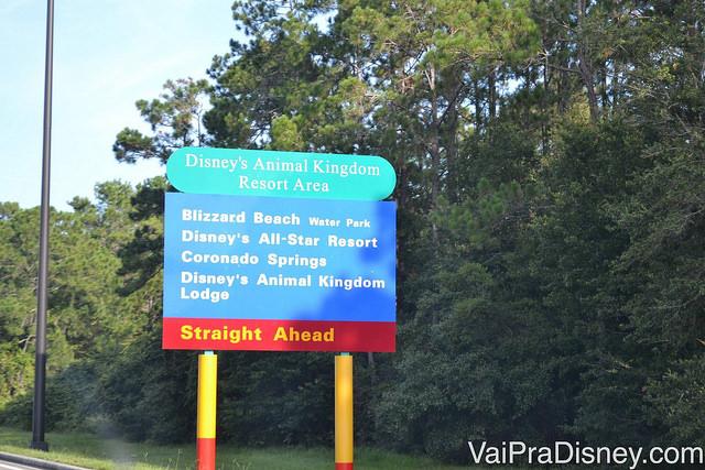 Placa para o Blizzard Beach na entrada da Disney World em Orlando