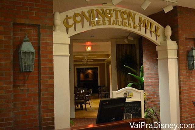 Foto do Covington Mill, o restaurante onde acontece o café da manhã com personagens no Hilton Lake Buena Vista