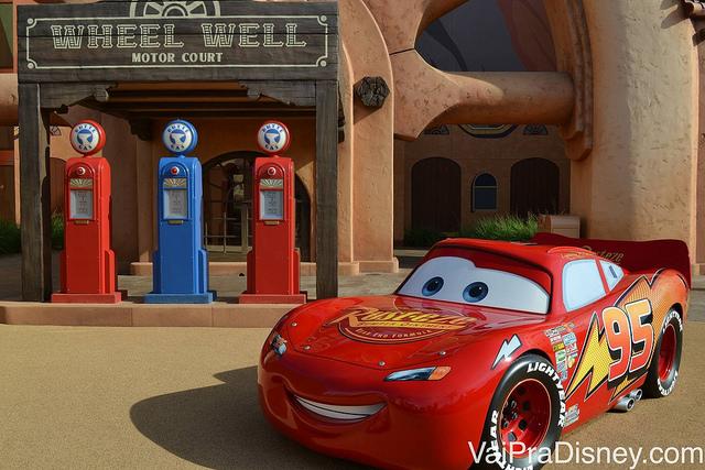 A área do carros no Art of Animation é a que mais me impressiona! Você realmente poderia estar no meio do filme.