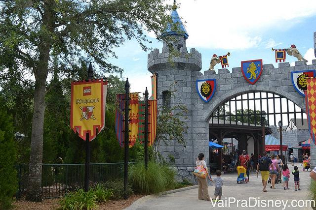 Entrada da área medieval no Legoland