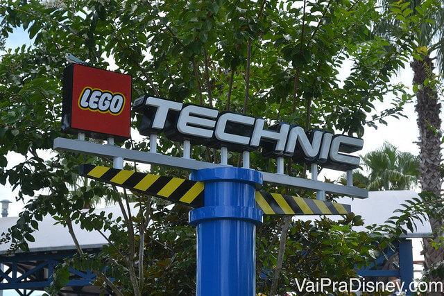 Entrada da área mais radical do Legoland