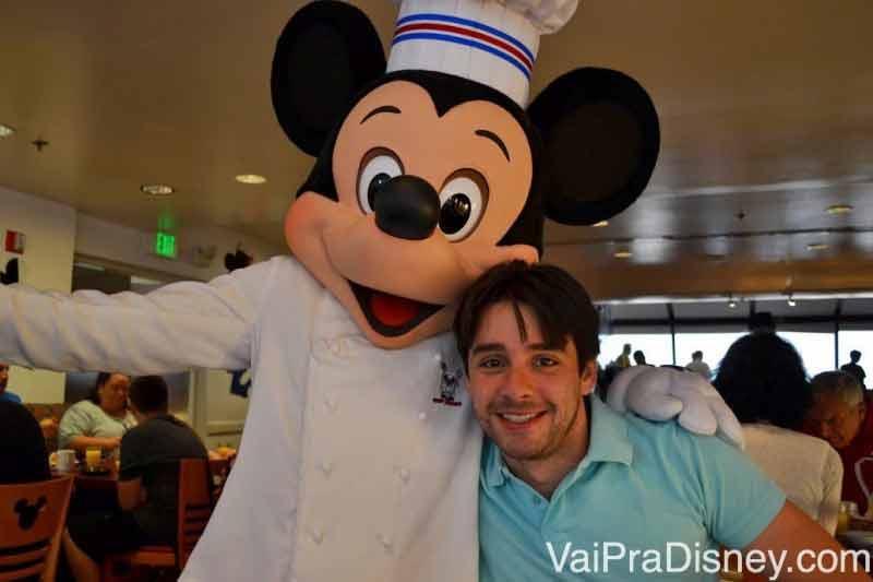 Mickey cozinheiro, eu adoro essa versão dos personagens!