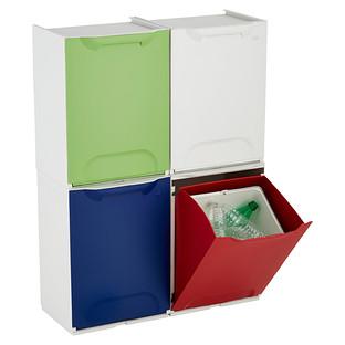Lixeiras de recicláveis. Sei que é difícil trazer isso pro Brasil, mas quis mostrar só porque achei muito legal.