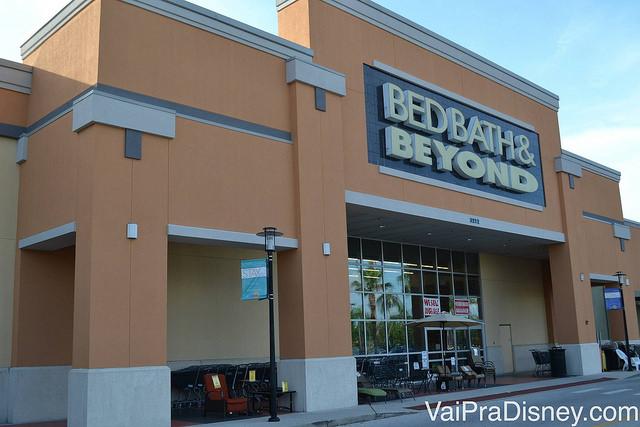 Foto da fachada da loja Bed, Bath & Beyond em Orlando