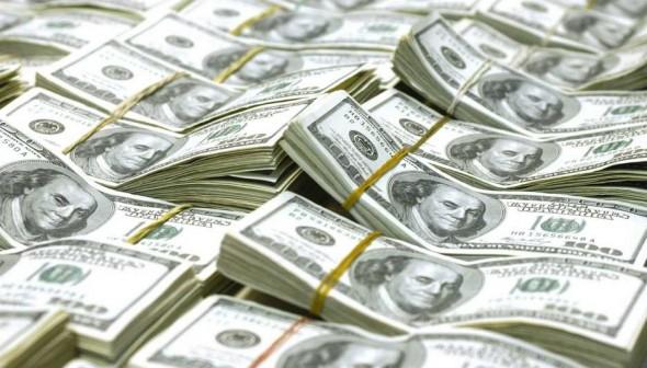 Alta do Dólar: evite perder dinheiro na sua viagem para Orlando