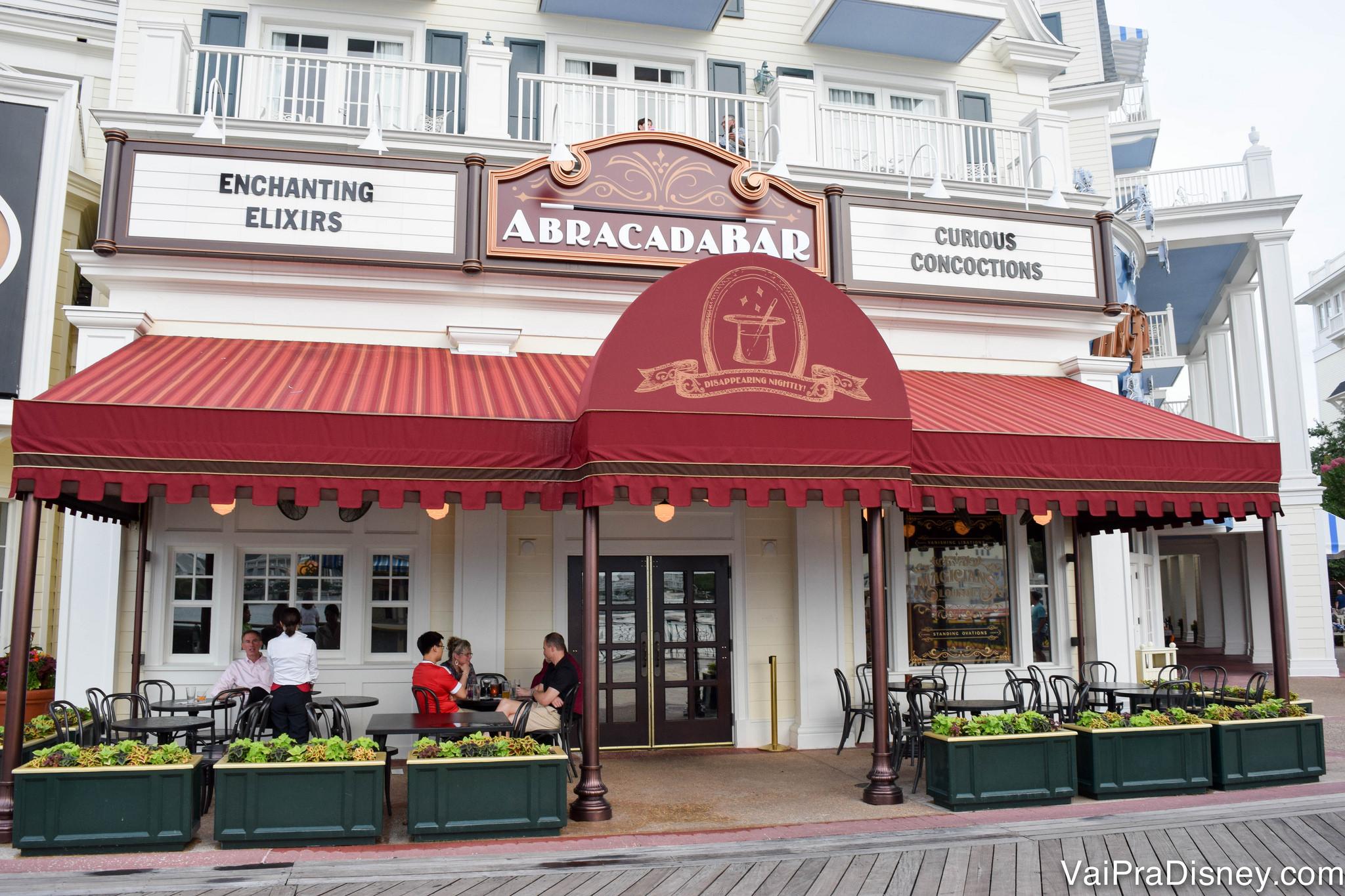 A entrada do Abracadabar