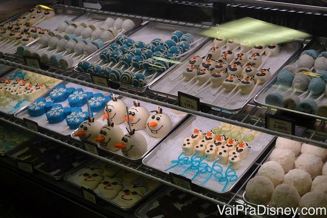 Alguns dos doces de Frozen encontrados no Hollywood Studios.