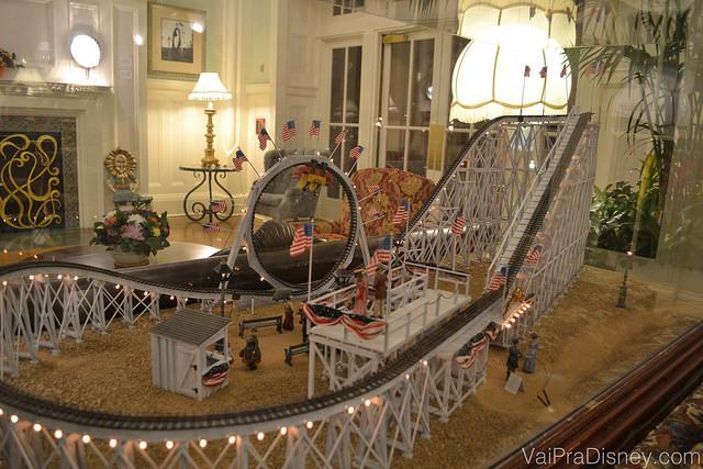 Um dos muitos detalhes charmosos que compões a decoração deste hotel, sempre trabalhando o estilo de entretenimento de décadas passadas.