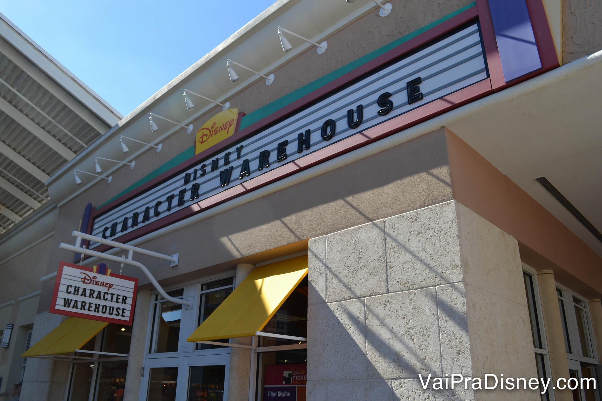 Até a Disney tem loja de outlet, tá pensando o que?