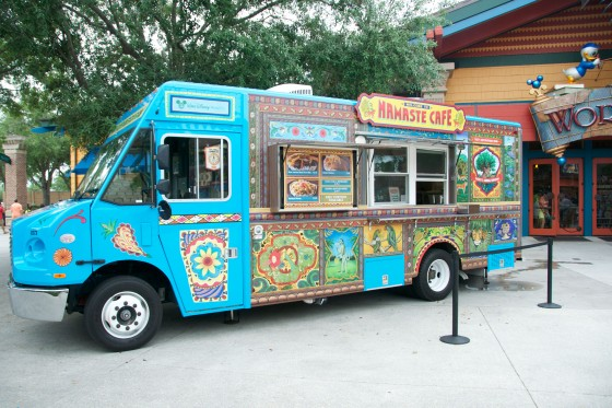 Foto do Namaste Cafe, o lindo food truck que traz os favoritos do Animal Kingdom