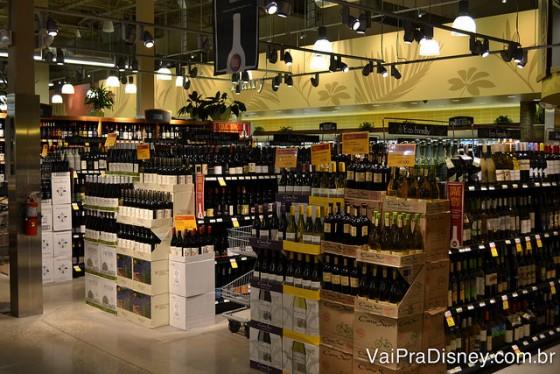 A variedade de queijos e de vinhos também é bem grande.