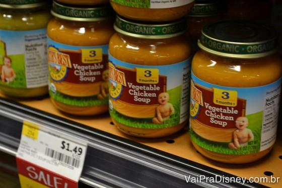 No Whole Foods são vendidas papinhas, leite em pó e alimentos infantis de diversos sabores e é tudo orgânico.