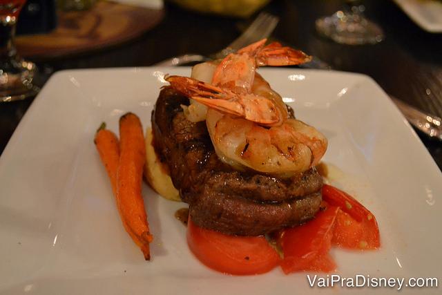 No jantar todos os pratos justificam mais o preço dessa experiência.