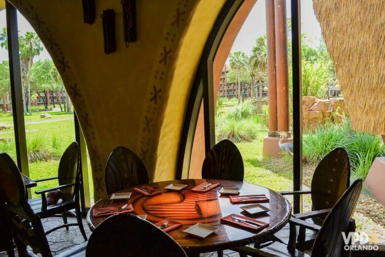 Sanaa tem uma vista privilegiada para os animais no Animal Kingdom Lodge