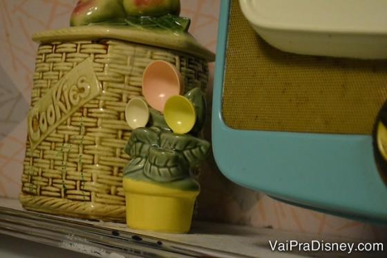 Mais um detalhe da decoração, um hidden mickey nas colheres dentro de um pote da cozinha.