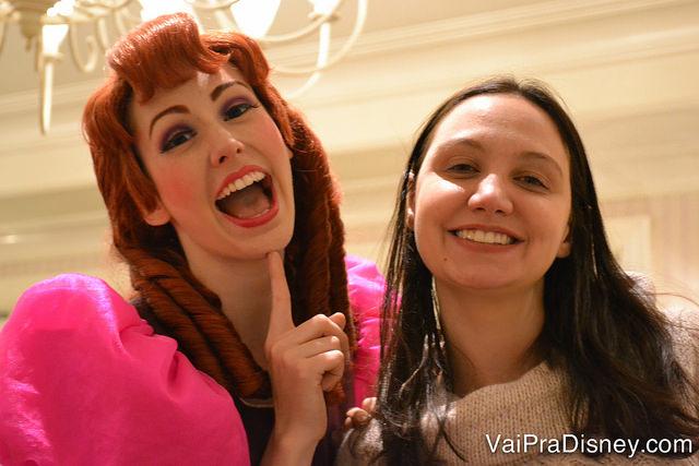 As irmãs da Cinderela estavam super engraçadas nesse dia.