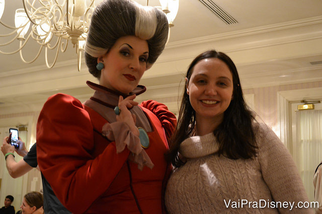 A madrastas da Cinderela e suas filhas são divertidíssimas na Disney.