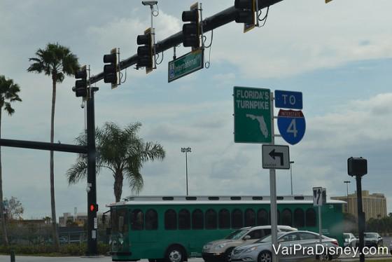 Orlando sem carro - I-Trolley que faz a International Drive de ponta a ponta