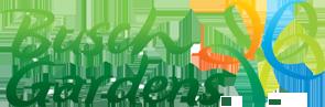 Busch Gardens. Foto do logo do parque Busch Gardens, em verde e com uma árvore colorida ao lado do nome.