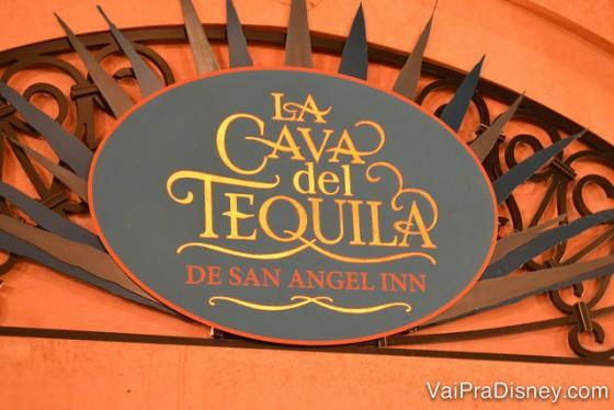 Placa da La Cava del Tequila de San Angel Inn, o lugar das melhores bebidas do pavilhão do México