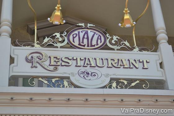 O Plaza Restaurant é bem gostosinho, barato e muitas vezes esquecido por quem visita o parque.
