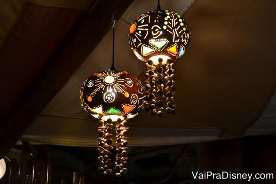 Detalhes da decoração do Sanaa.