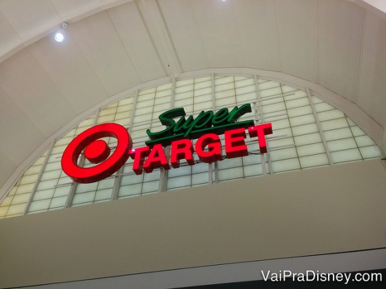 São muitas unidades da Target e da SuperTarget por Orlando.