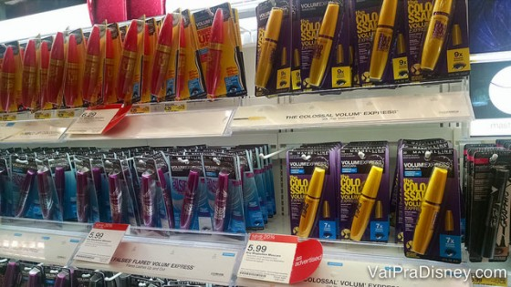 Para quem curte cosméticos a Target tem coisas bem legais.