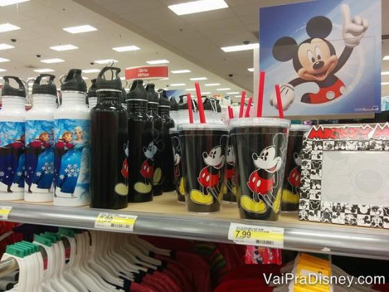 Lembrancinhas do Mickey você também encontra na Target.