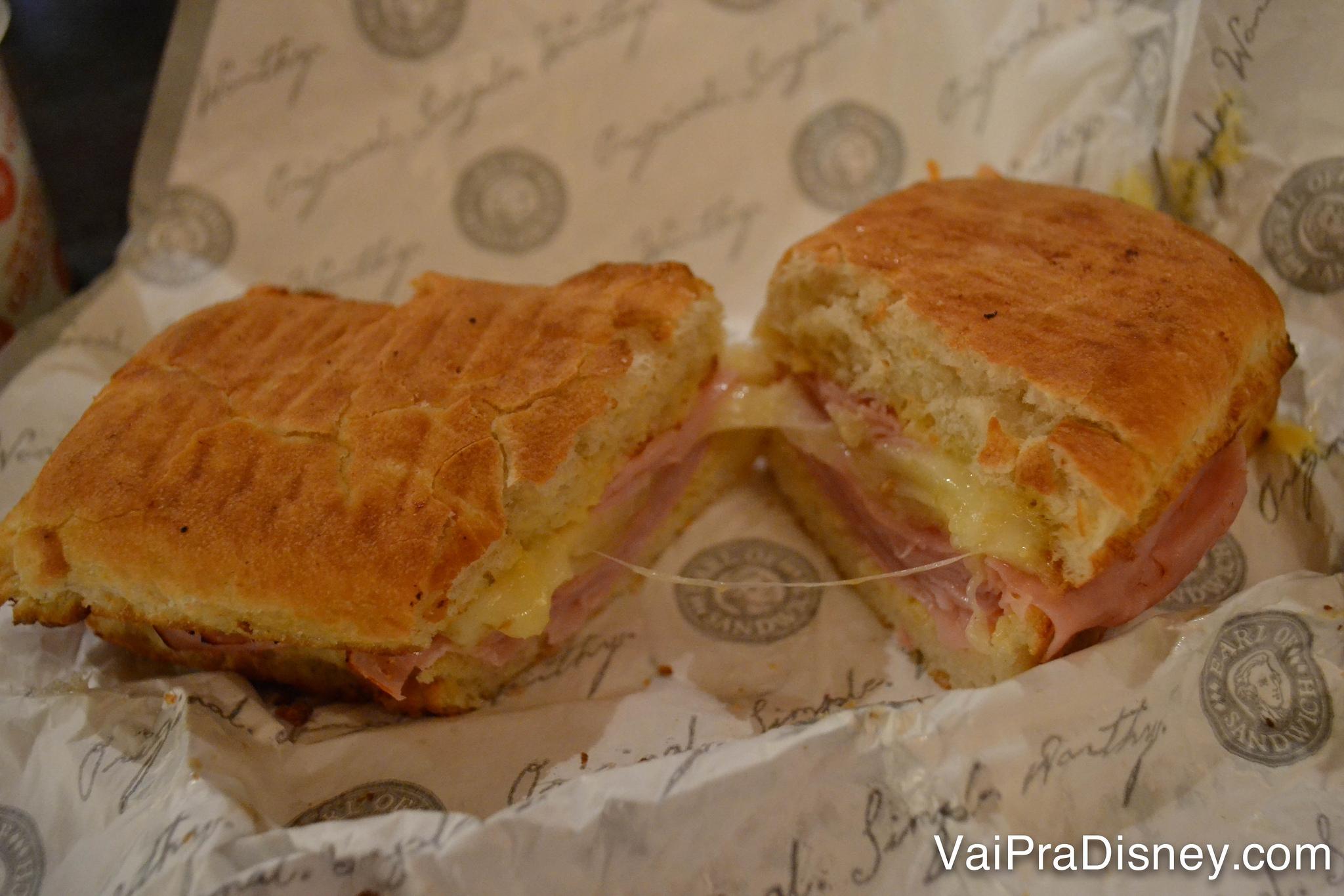 Sanduíche perfeito com presunto bem fininho, do jeito que eu gosto. Isso sem falar nas sopas deliciosas! O Earl of Sandwich é um achado no Disney Springs!