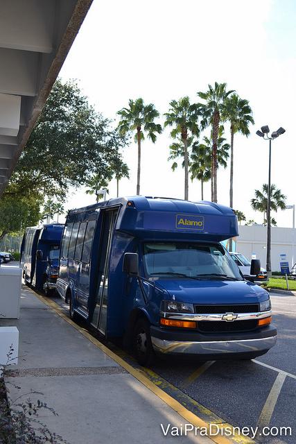 Os shuttles da Alamo também te levam de volta para o hotel ou qualquer ponto dentro da Disney depois que você devolve o carro.