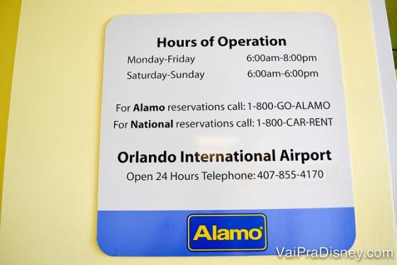Horários de funcionamento da Alamo que fica dentro da Disney. A do aeroporto fica aberta 24 horas.