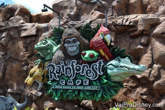 No Disney Springs você encontra uma unidade do famoso Rainforest Cafe.