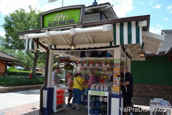 Lojinha dedicada aos canhotos. No Disney Springs você encontra alguns locais com produtos super específicos e bem interessantes.