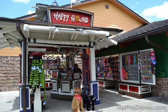 Happy Hound, quiosque especializado em produtos para animais de estimação.