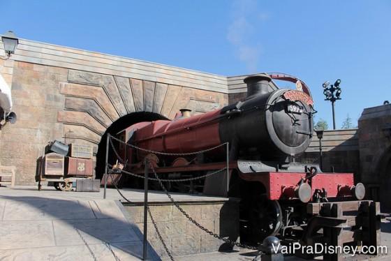 Quem se hospeda nos hotéis da Universal pode entrar na área do Harry Potter de um dos parques uma hora antes da abertura oficial para todos os visitantes.