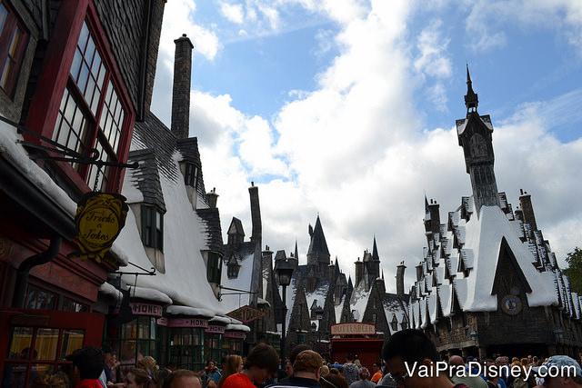 A Universal traz uma réplica perfeita do mundo de Harry Potter para os seus dois parques.