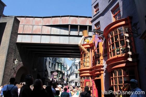 A loja dos irmãos Weasley é igual a do filme!
