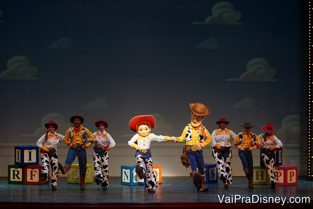 Um pedacinho do Golden Mickey's, com a participação de Toy Story.