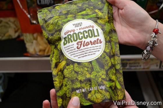 Foto dos chips de brócolis à venda no supermercado