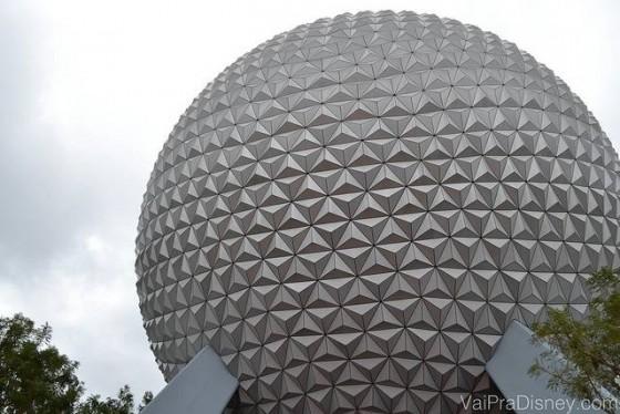 "A famosa ""bola do Epcot"""