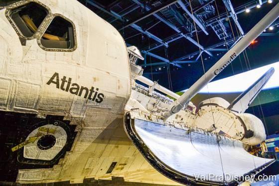 Atlantis, visto nessa posição somente pelos astronautas no espaço
